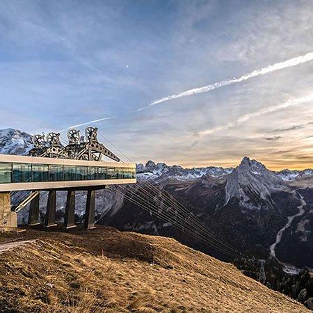 Your Favourite Destinations Val Di Fassa Lift